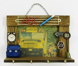 Автобус-композиция (25*10*18см) MR-50380